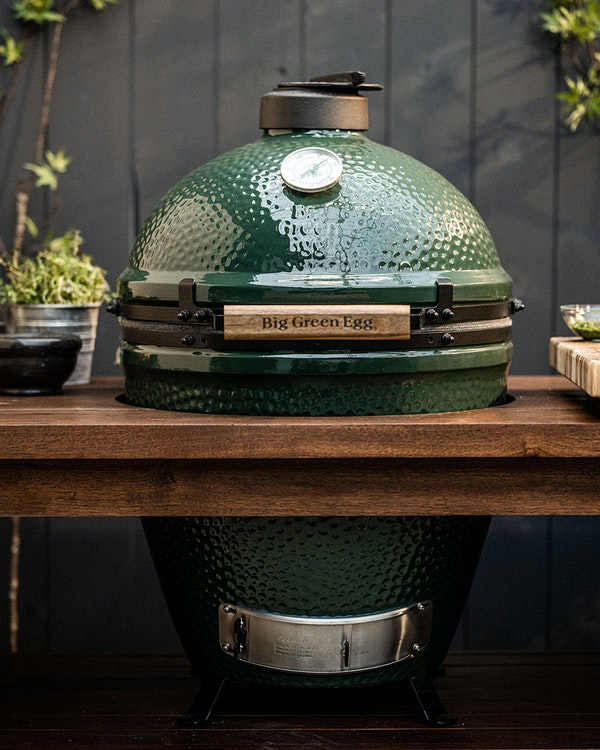 Large Big Green Egg and Premium Mahogany Table