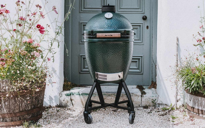 Large Big Green Egg  IntEGGrated Nest