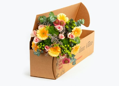 So Lovely Premium Fresh Bouquet for Delivery   BloomsyBox - Image#4580858