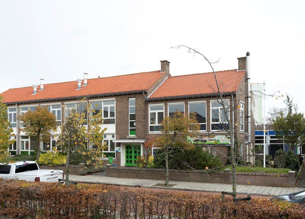 Irenestraat voorkant schoolgebouw