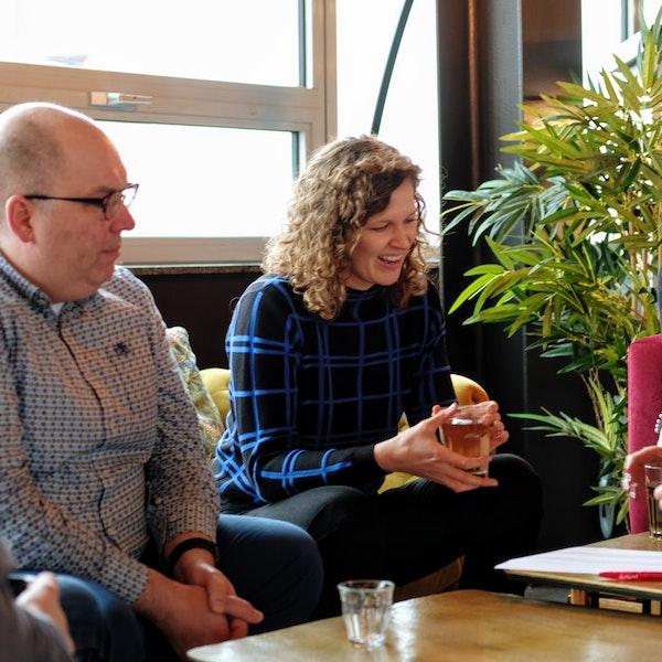 Medewerkers van Furore delen kennis