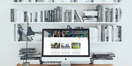 mockDrop iMac on a wooden desk 2