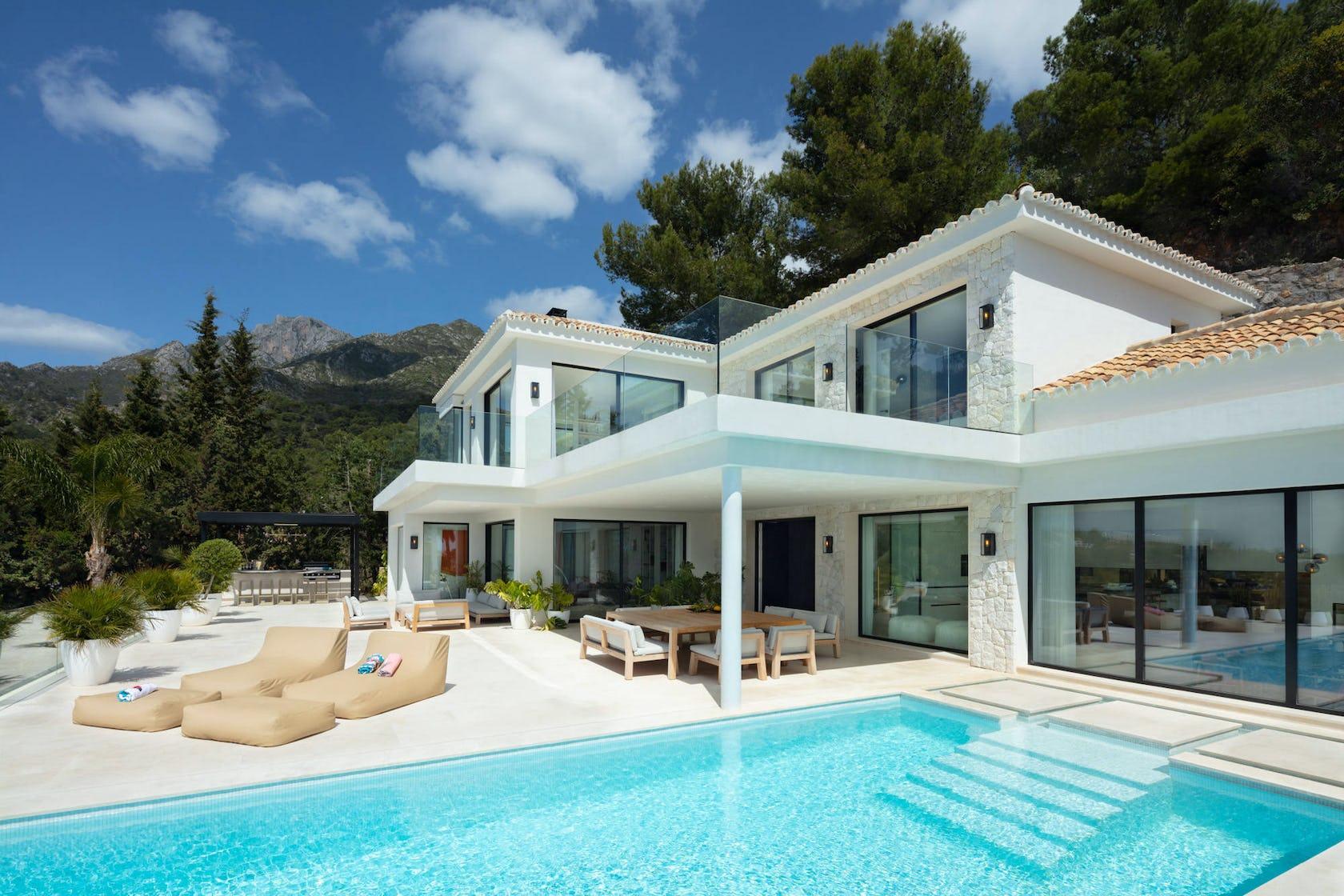 villa housing building house mansion