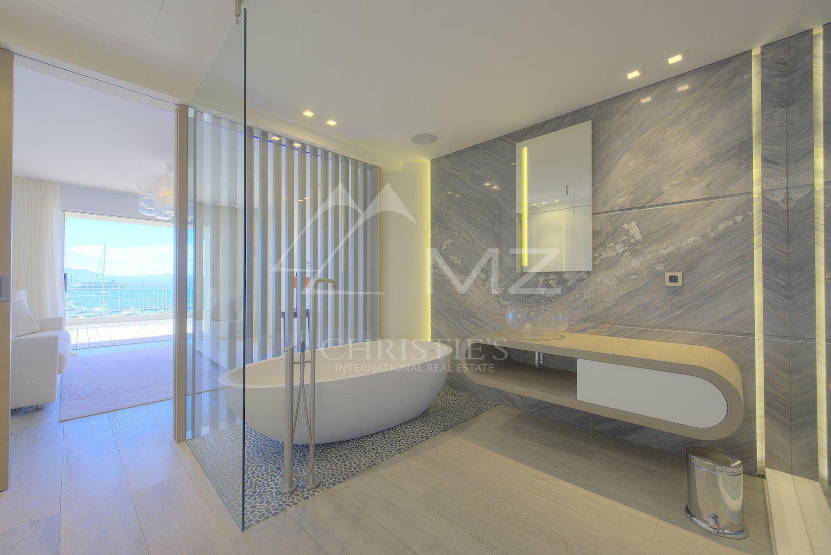 interior design indoors flooring tub bathtub floor room