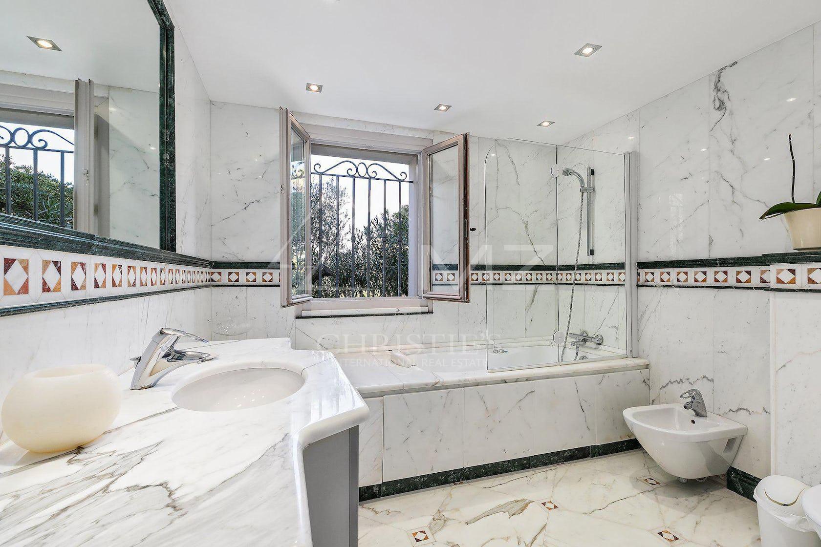 tub bathtub room indoors interior design bathroom