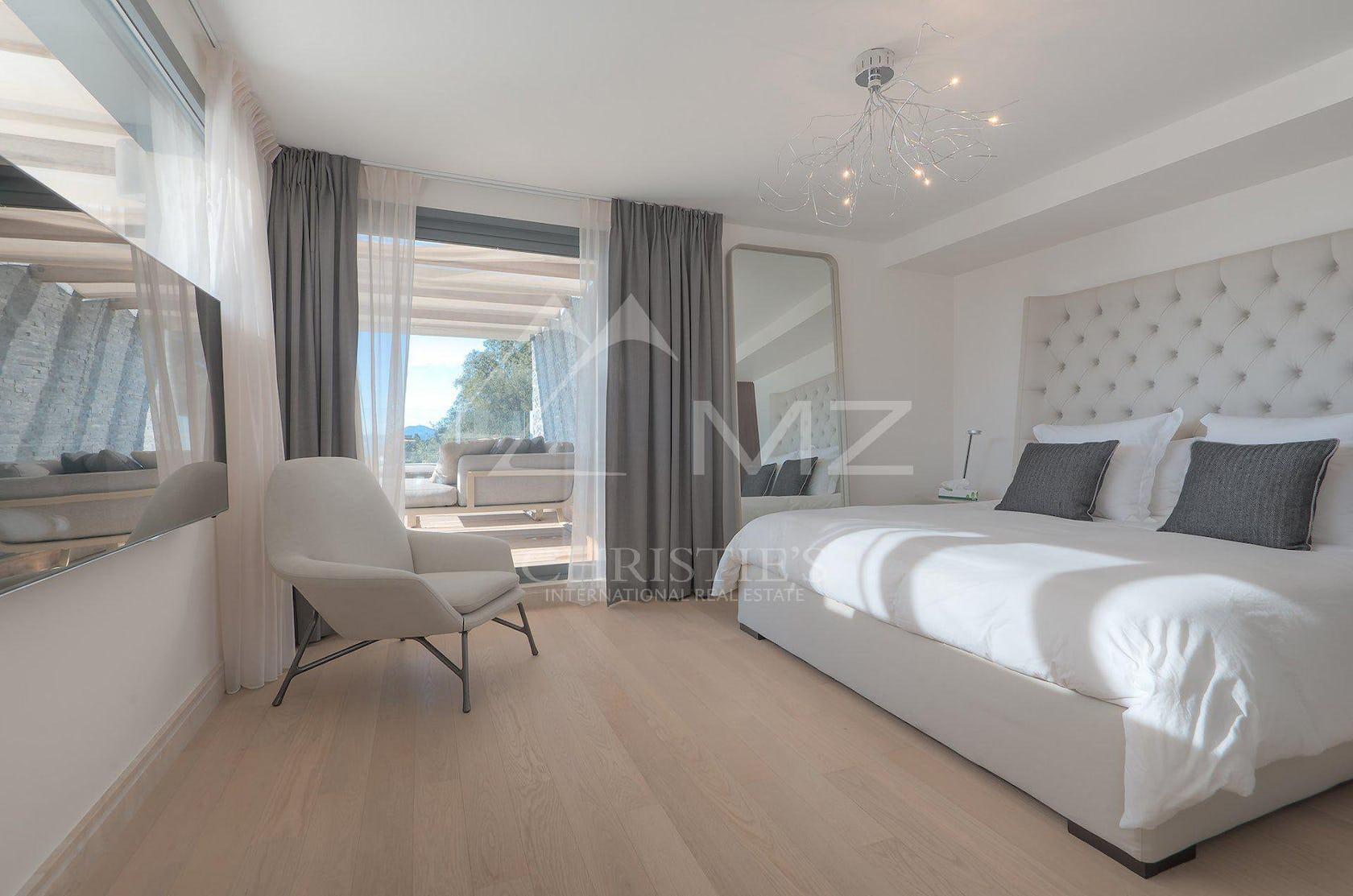 flooring floor wood furniture interior design indoors hardwood room bedroom living room