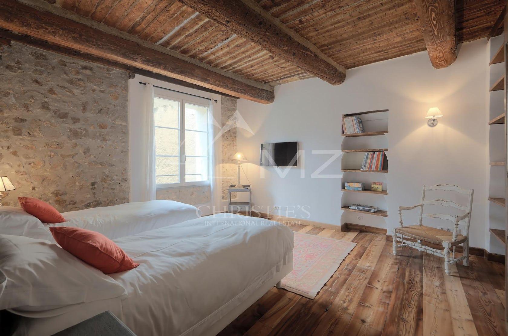 wood flooring furniture bed hardwood bedroom indoors room interior design floor