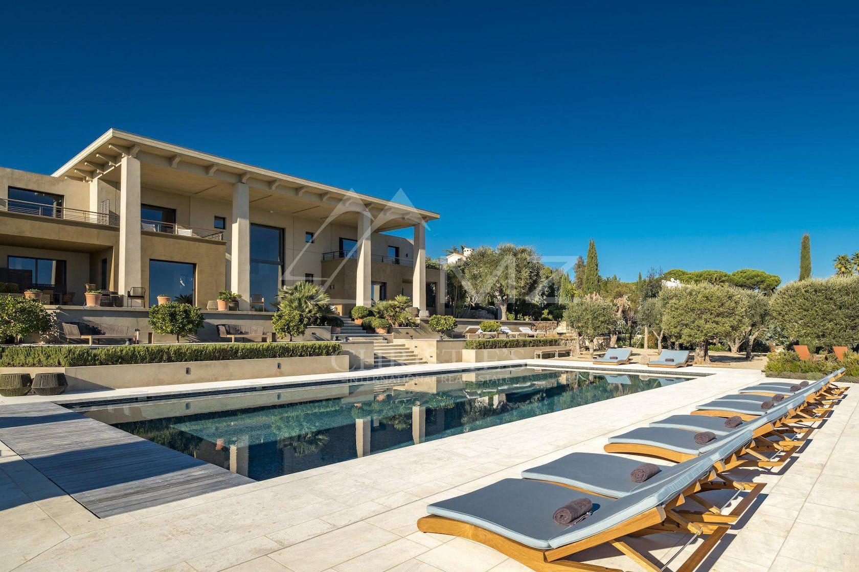 building hotel villa house housing water resort pool