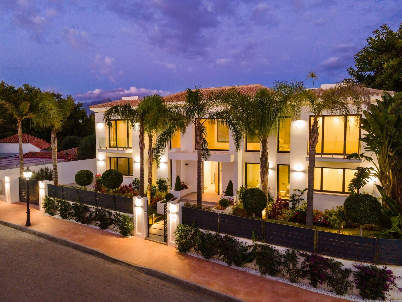 hotel building villa housing house resort