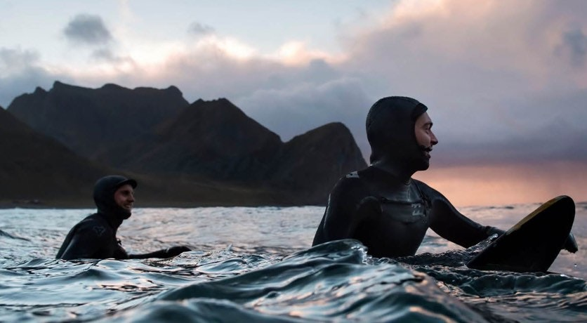 Cover Image for CHOOSE YOUR WAVE. person,human,sports,water,sport,swimming,outdoors
