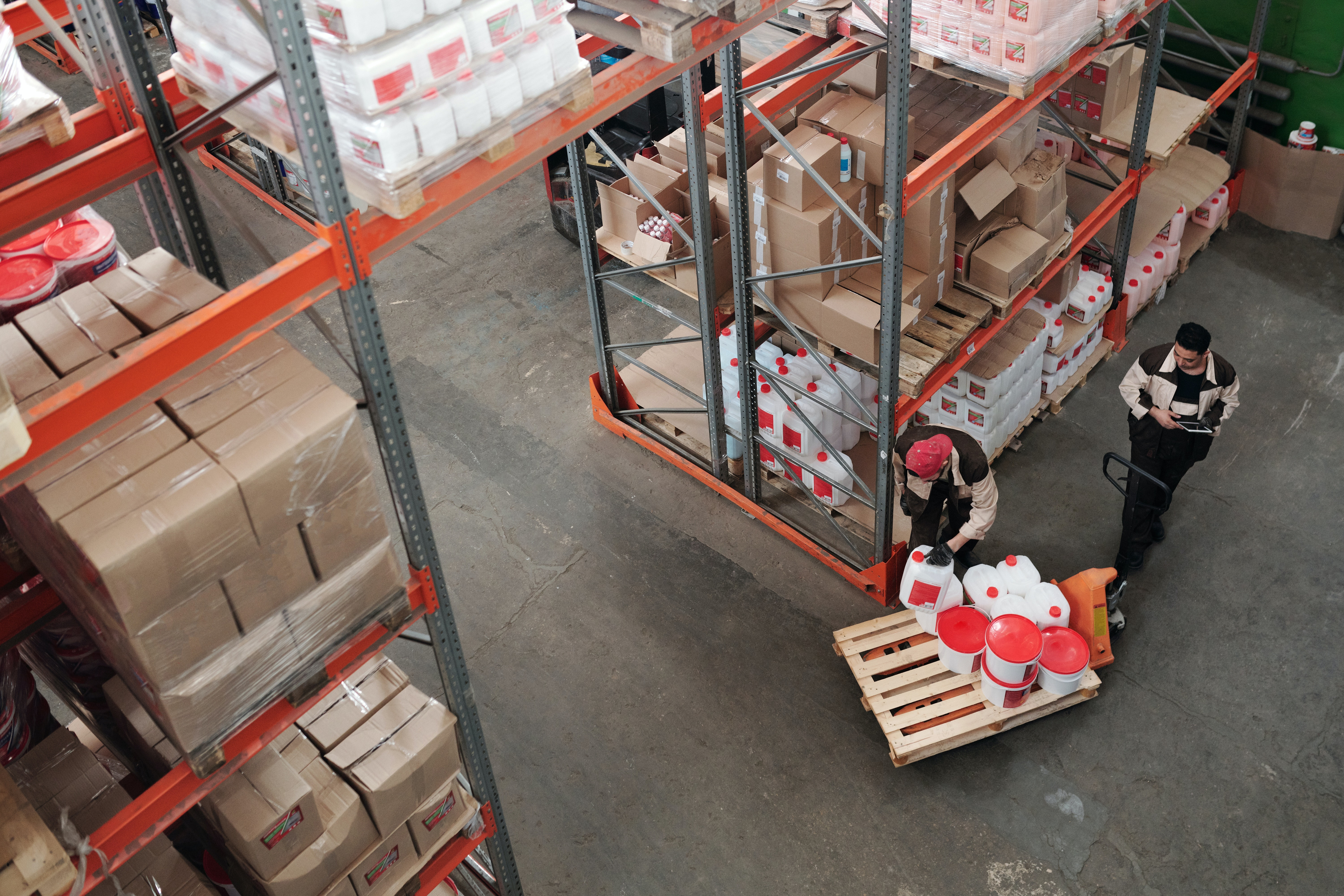 Wholesale Distribution Challenges — How to Navigate Them