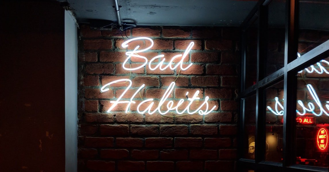Bad financial habits that are hurting your business