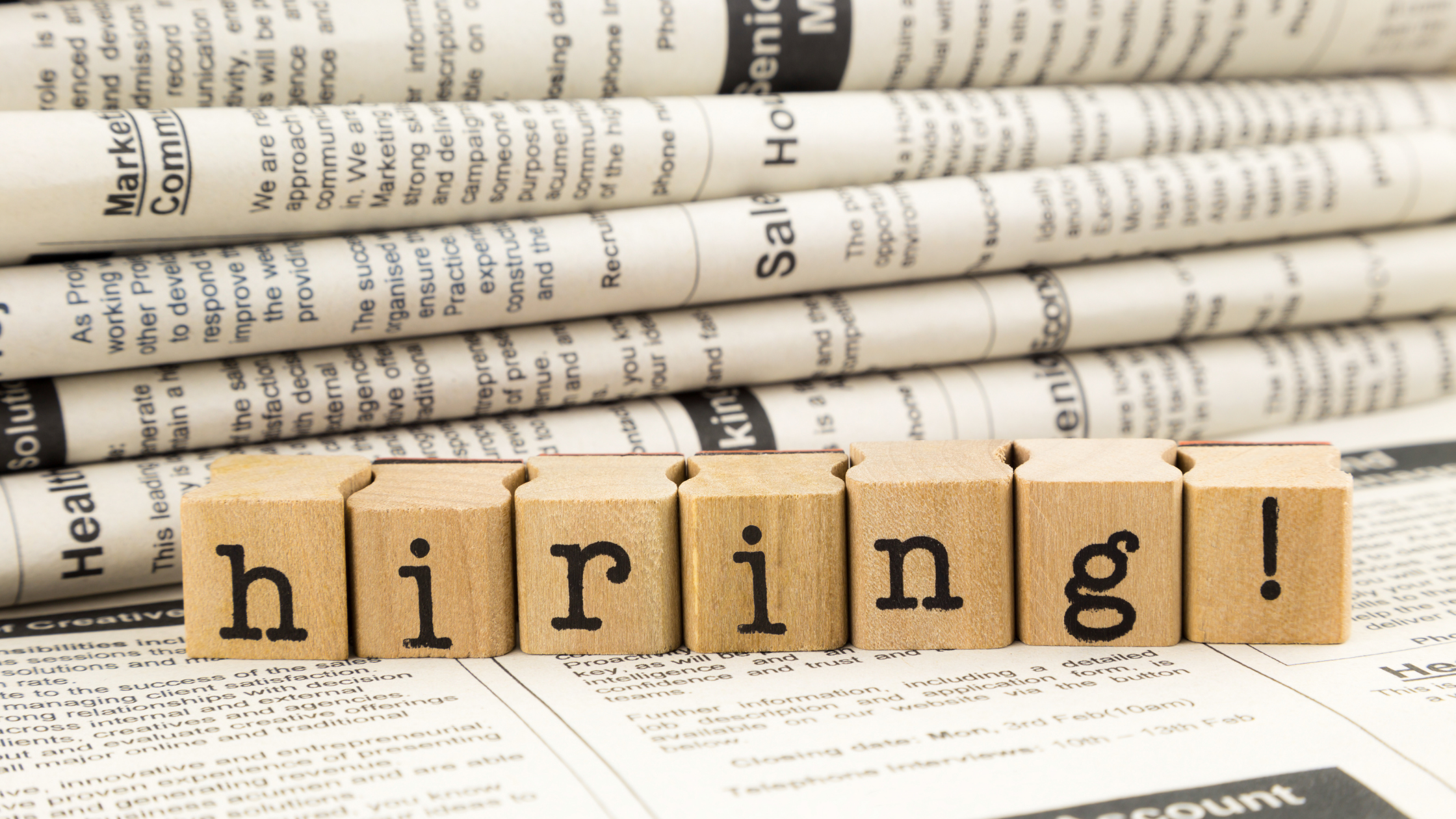 Job advertisements continue to rise