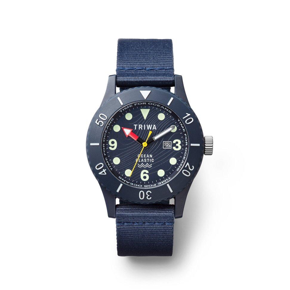 Image of the ocean plastic dive watch