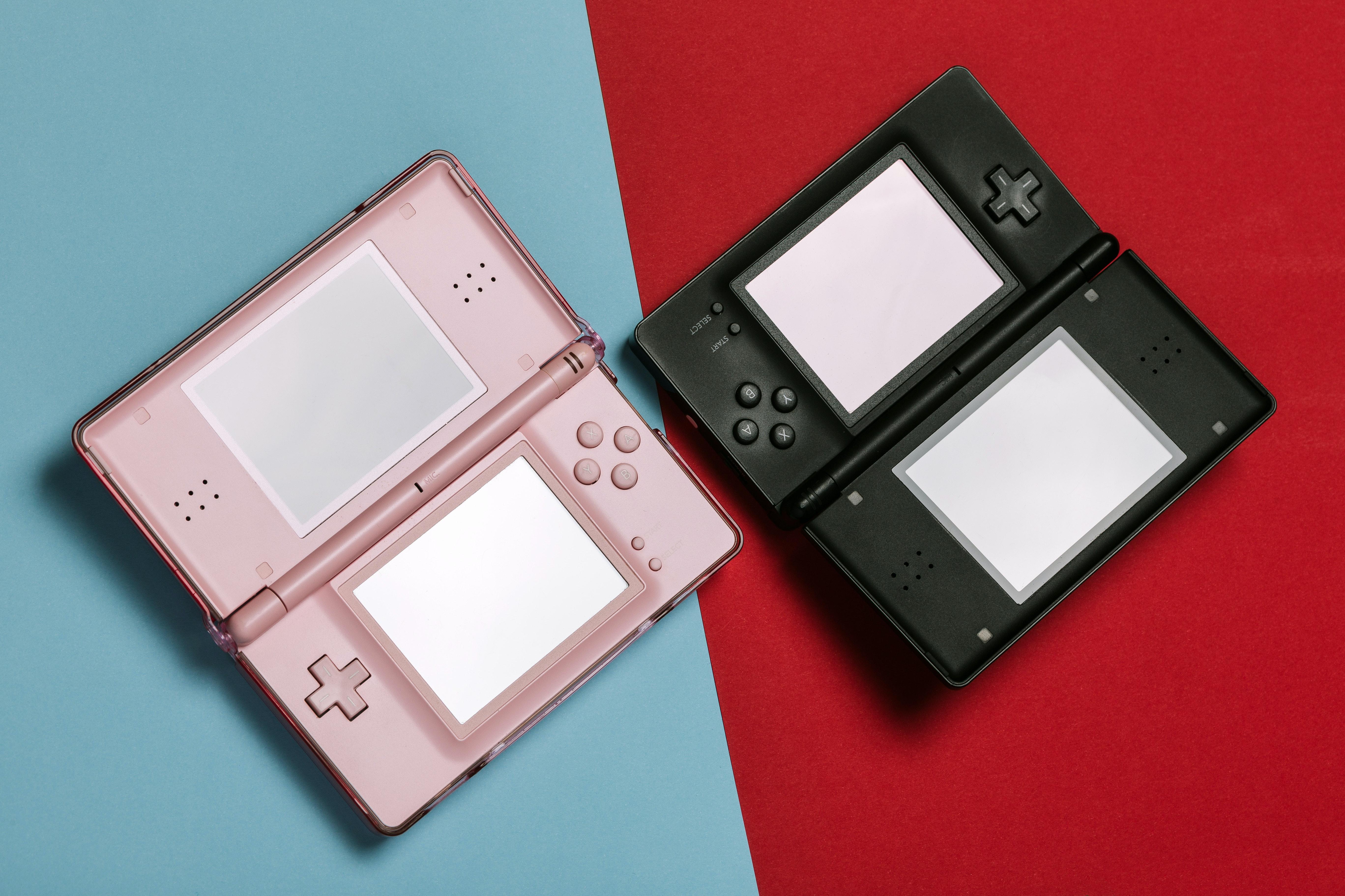 Blue Nintendo Game Boy with dual screen