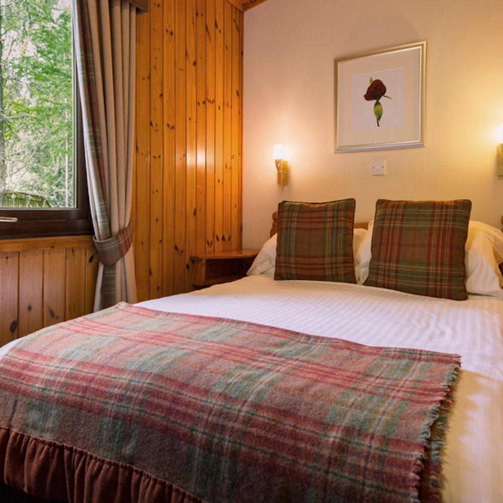 Lochanhully Bedroom