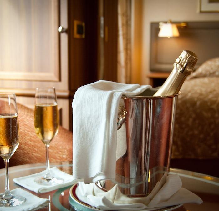 Romantic Champagne at Morlich