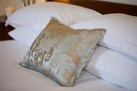 Standard Double Cushion Detail Drumossie
