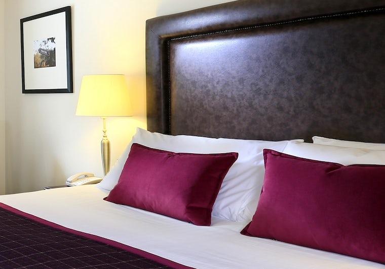 Highlands Hotel Guest Room