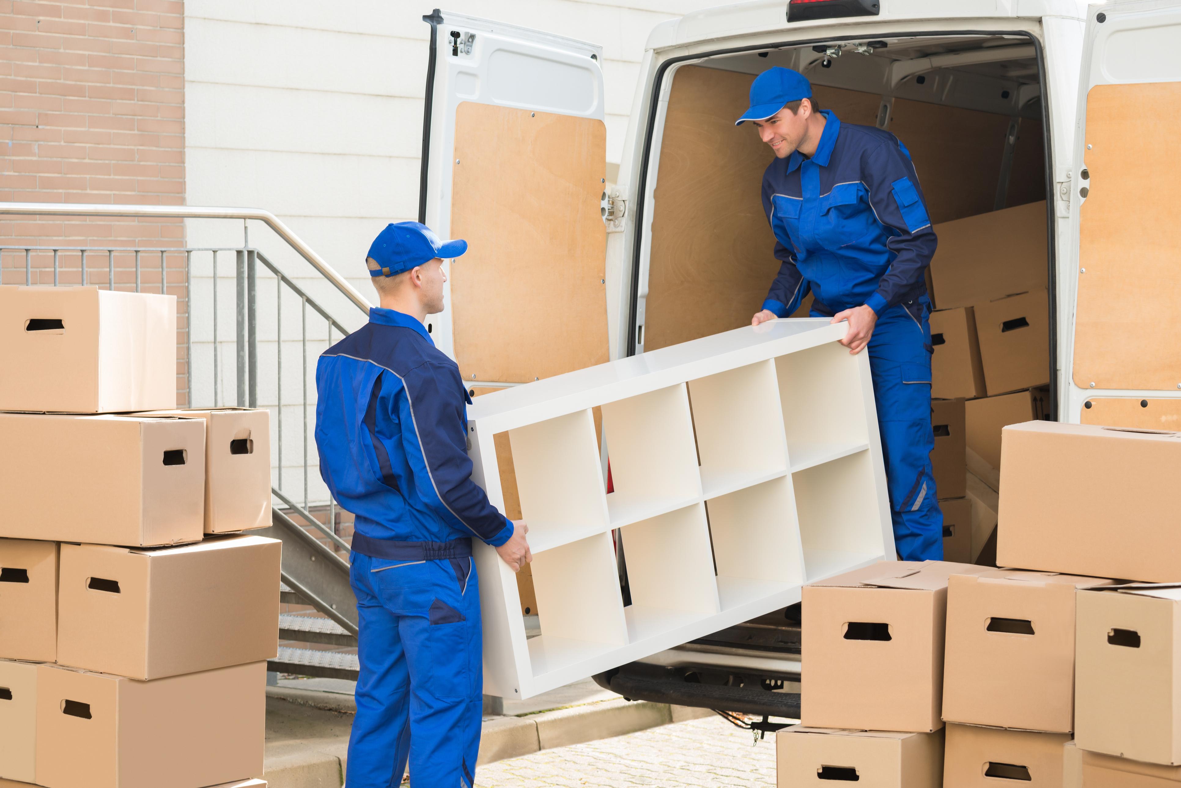 Extra personeel aannemen voor uw verhuisbedrijf of niet? Een checklist