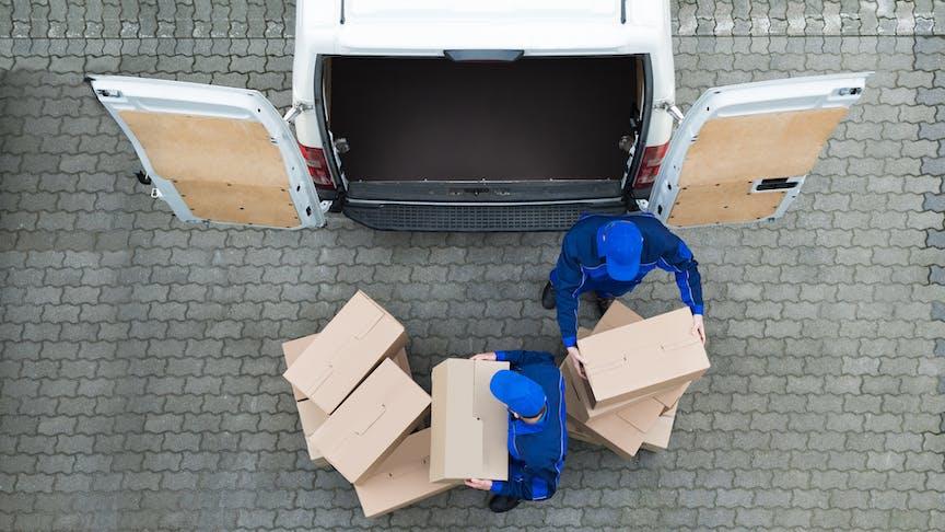 De efficiëntie van uw koeriersbedrijf verhogen met een GPS-voertuigvolgsysteem