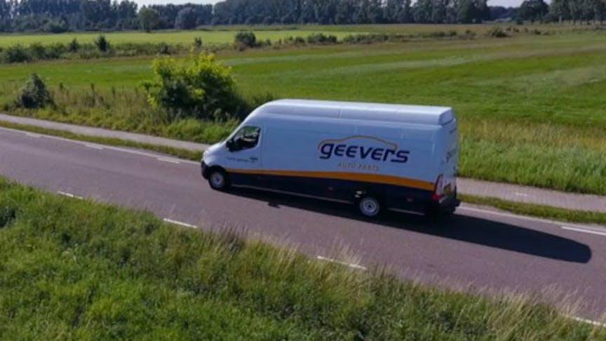 De medewerkers van Geevers Auto Parts rijden zuiniger met Verizon Connect Reveal