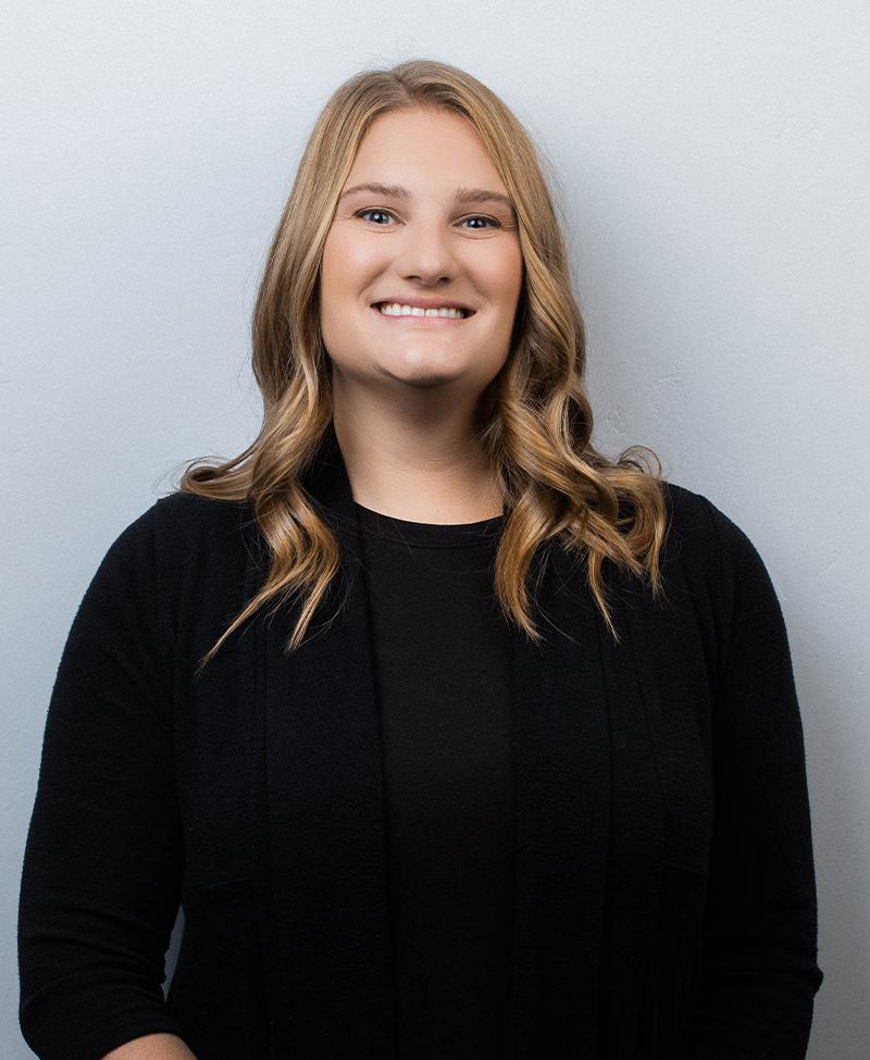 Lindsey Saiz, CST, SFA
