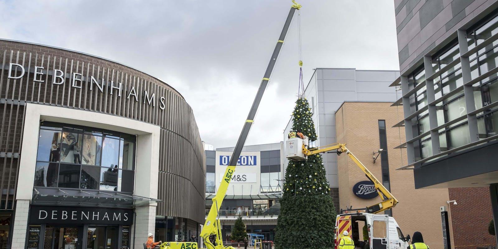 Christmas Tree outside Debenhams