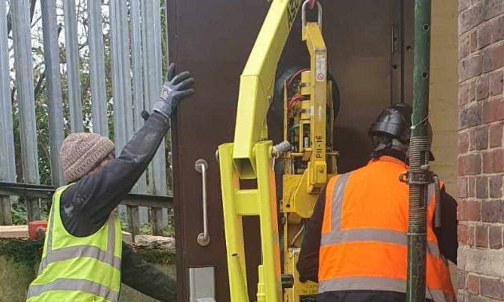 GK500 Floor Crane Door Installation