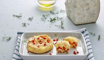 Frittatine ai pomodori secchi, Fiore Sardo e timo