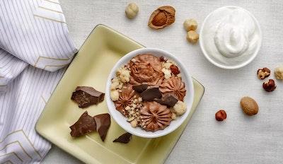 Mousse di Spalmabile e cioccolato fondente con crumble croccante
