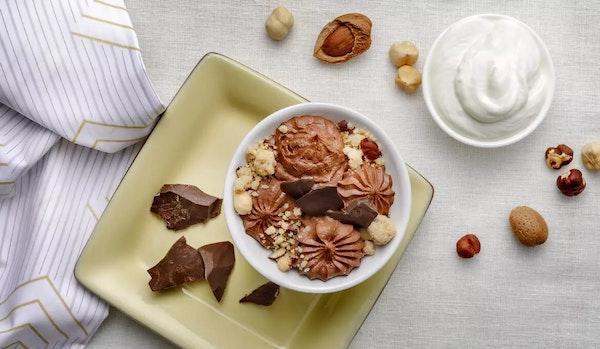 R046 e6-mousse-di-spalmabile-e-cioccolato-fondente-con-crumble-croccante