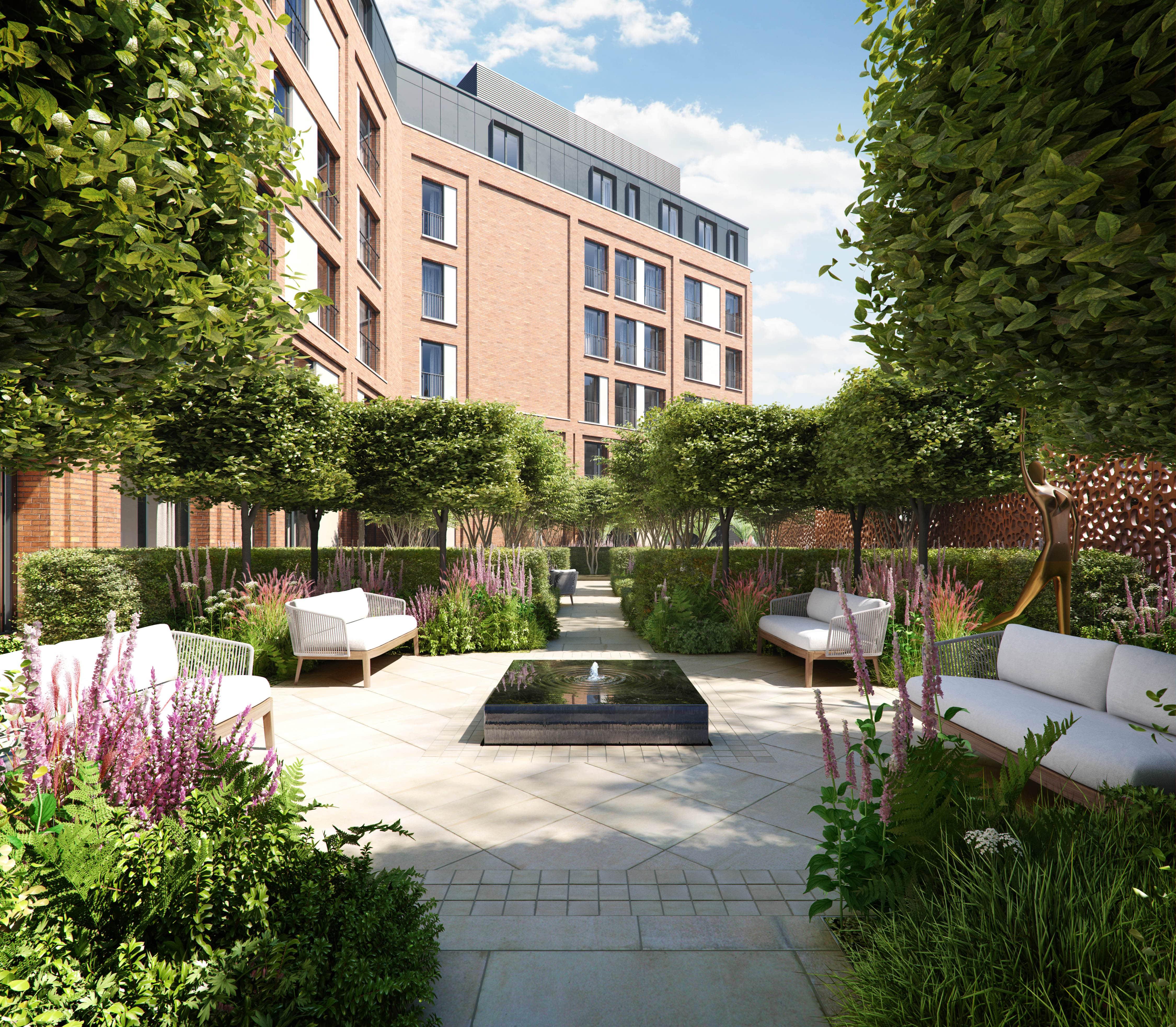 Auriens Courtyard Garden