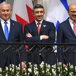 Israel's prime minister and the foreign ministers of Bahrain and the UAE in Washington, DC, on Sept. 15, 2020 (Photo via Getty Images)