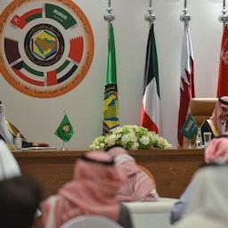 نطق وزیر امور خارجهی عربستان سعودی در پایان چهل و یکمین اجلاس شورای همکاری خلیج فارس؛ العلا، عربستان، ۱۶ دی/ ۵ ژانویه (عکس از گتی ایمیجز(