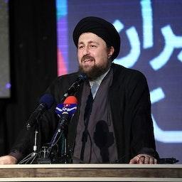 حسن الخميني يلقي كلمة في مؤتمر عقد في طهران، إيران، الأول من آب 2018 (تصوير محمد مهدي دوراني عبر وكالة تسنيم للأنباء)