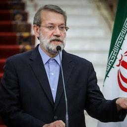 سخنرانی علی لاریجانی در طی یک کنفرانس مطبوعاتی؛ تهران، ایران، ۵ مهر ۱۳۹۵. (عکس از مجید حقدوست/ خبرگزاری تسنیم)
