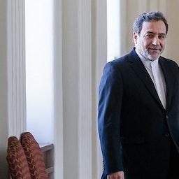 عباس عراقجي كبير المفاوضين النوويين الإيرانيين في مقر وزارة الخارجية في طهران. 31 أغسطس/آب 2020 (تصوير فؤاد أشتري وكالة أنباء تسنيم)