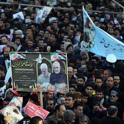 آلاف الإيرانيين يحيون ذكرى القائد الراحل قاسم سليماني في كرمان، إيران، 7 يناير/كانون الثاني 2020 (عبر وكالة تسنيم للأنباء)