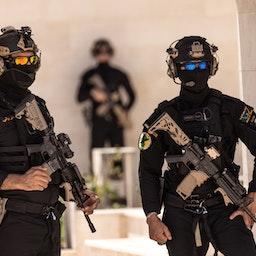 کماندوهای سرویس مبارزه با تروریسم عراق در حال نگهبانی در مقر خود؛ بغداد، عراق، ۱۰ خرداد ۱۴۰۰/ ۳۱ می ۲۰۲۱. (عکس از گتی ایمیجز)