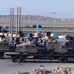 عربات مدرعة أميركية تابعة للجيش الأفغاني المنهار تُشاهد في إيران. التاريخ غير واضح. (عبر مواقع التواصل الاجتماعي)