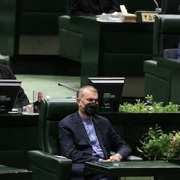 وزير الخارجية الإيراني حسين أمير عبد اللهيان في البرلمان الإيراني في 25 أغسطس/آب 2021 (الصورة عبر غيتي إيماجز)