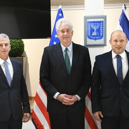 CIA director William Burns (C) meets Israel's Prime Minister Naftali Bennett (R) and Mossad chief David Barnea (L) in Tel Aviv on Aug. 11, 2021. (Photo by Amos Ben Gershom/GPO handout via Getty Images)