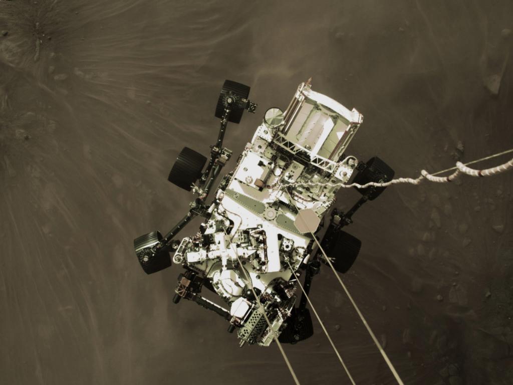High-Resolution Still Image of Perseverance's Landing (Image Credit: NASA/JPL-Caltech)