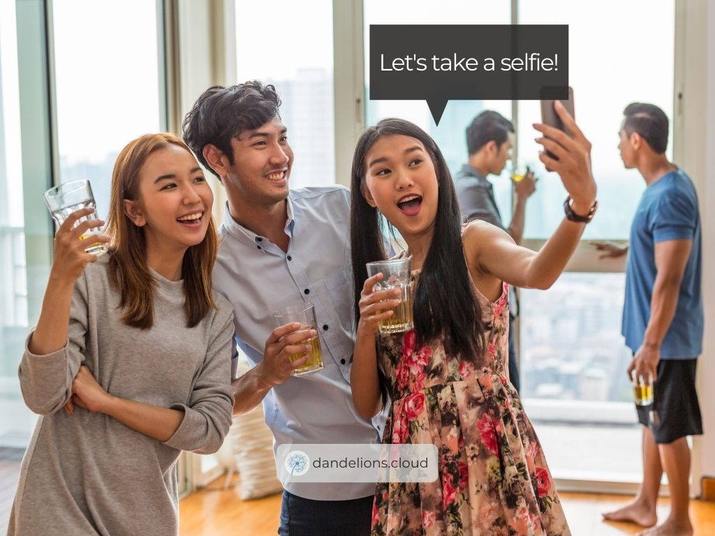 The iPhone 4s was the real game-changer when it comes to selfies.