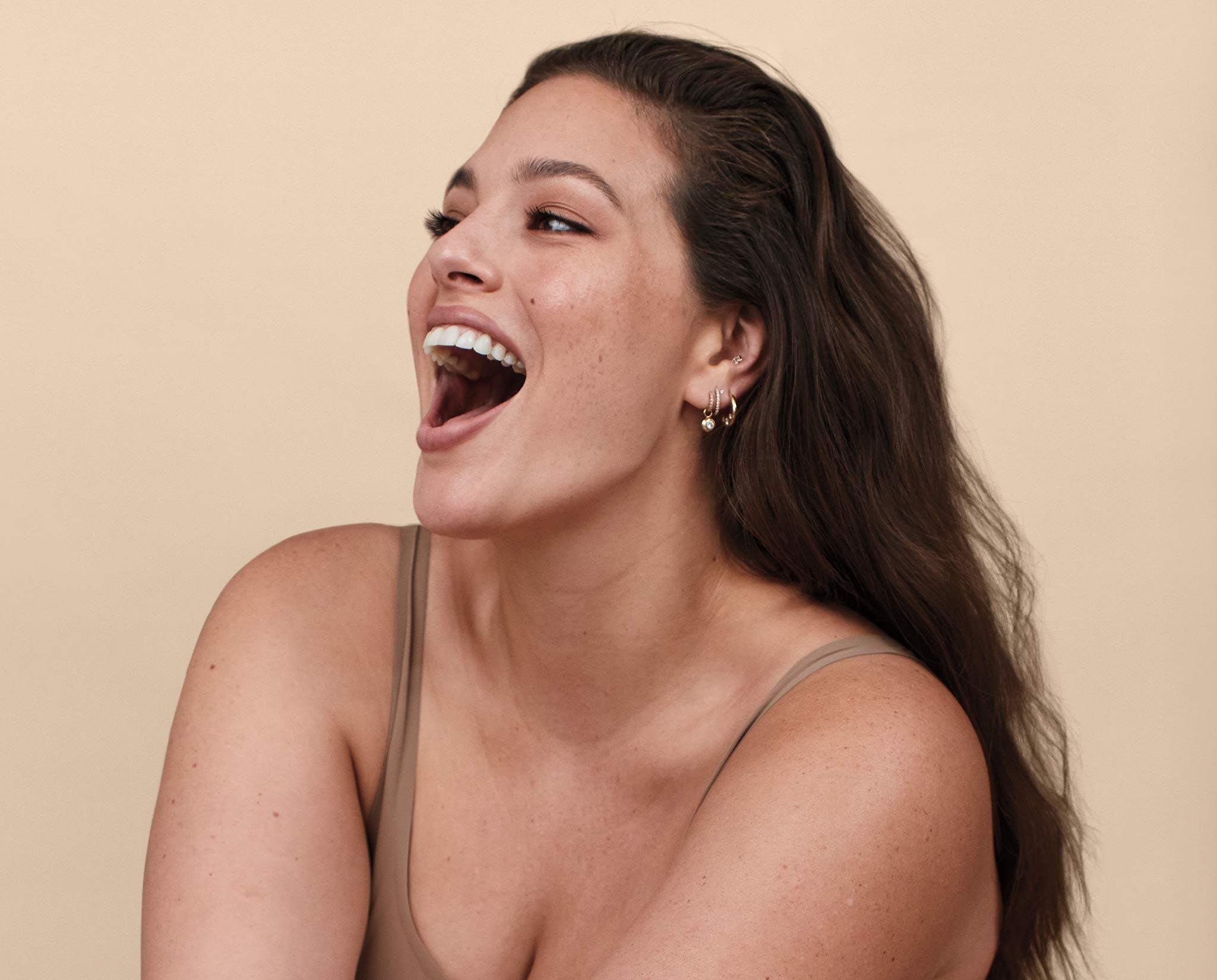 Ashley Graham smiling