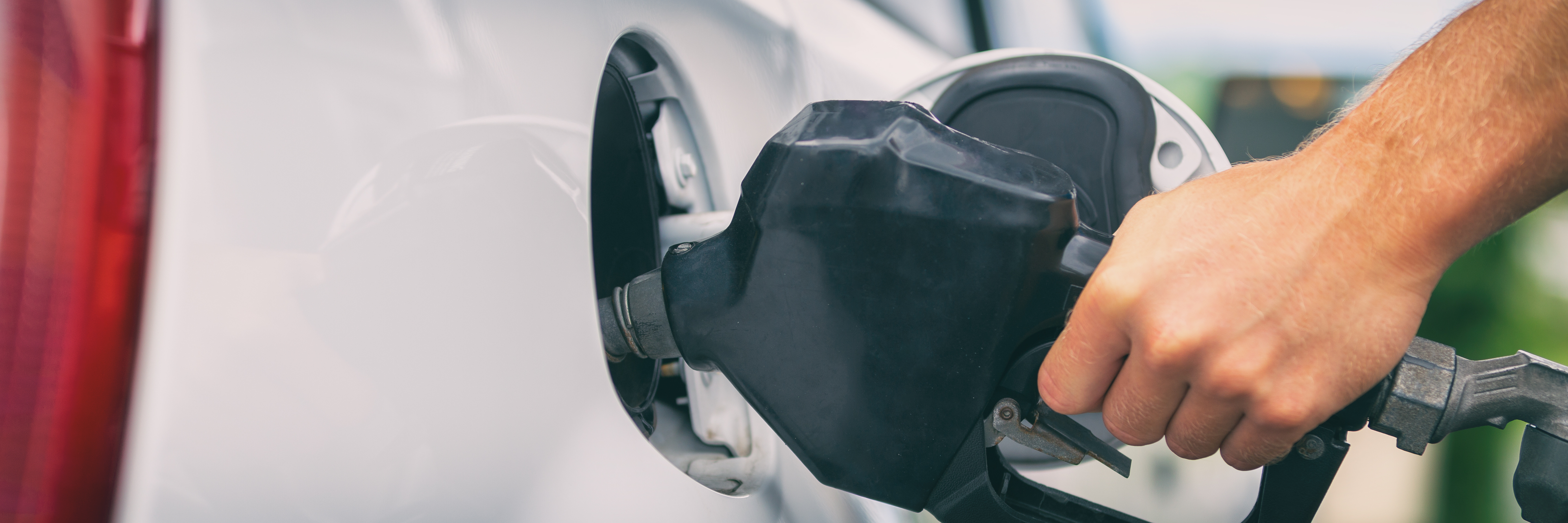 5 simple ways to reduce fuel costs