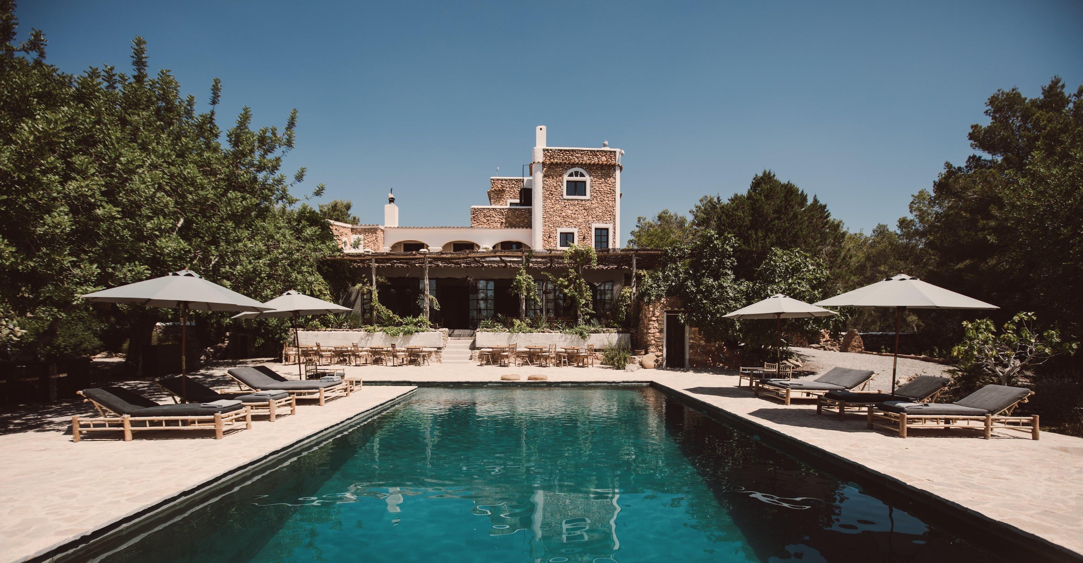 La Granja ad Ibiza il luogo ideale per rilassarsi alloggiare e praticare yoga  - L'Officiel Italia