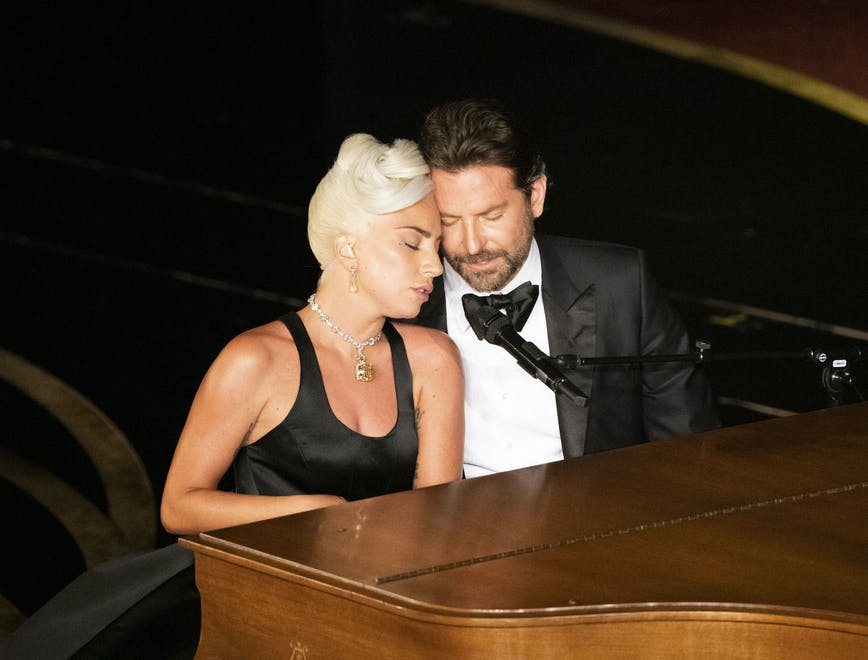 Nella foto Lady Gaga e Bradley Cooper
