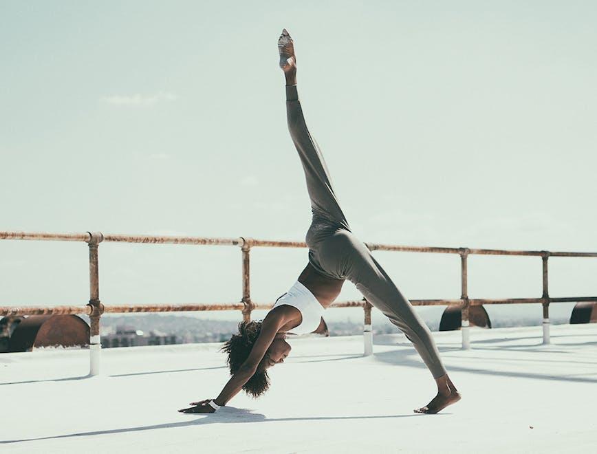 Che cos'è asana rebel applicazione yoga - L'Officiel Italia